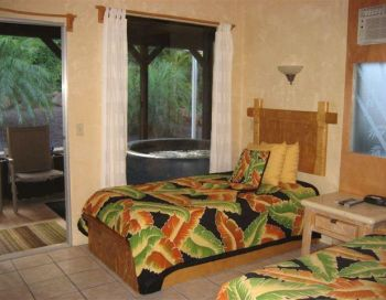 The Maui Guest House - Bed & Breakfast - on the island of Maui